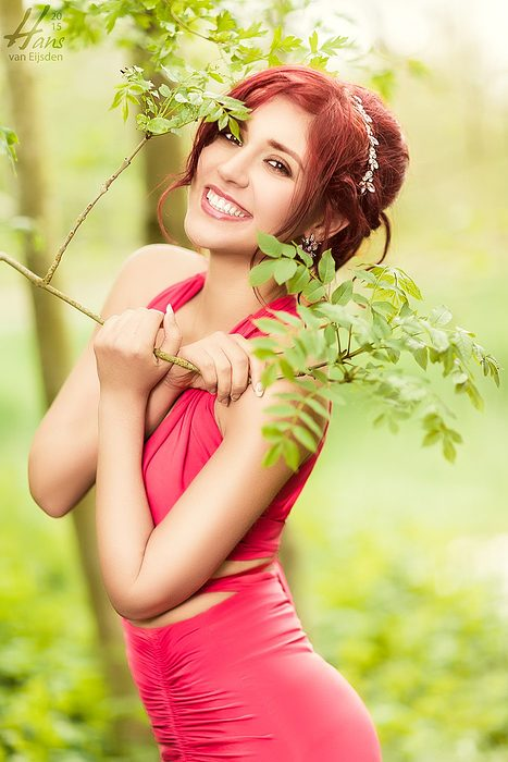 Her Smile (HvE-20150509-6402)