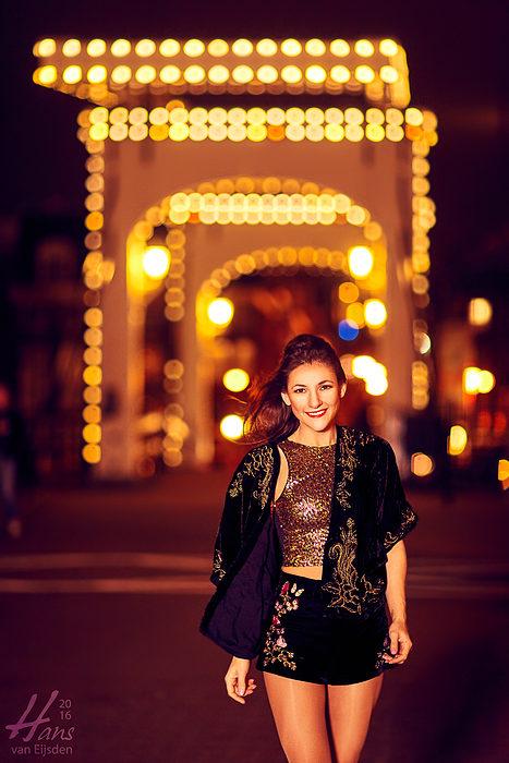 Sera on the Streets of Amsterdam (HvE-20151218-0344)