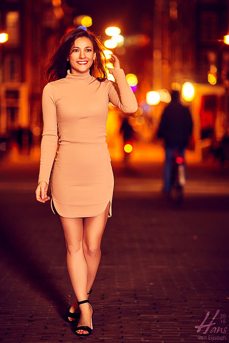 Sera on the Streets of Amsterdam (HvE-20151218-0379)