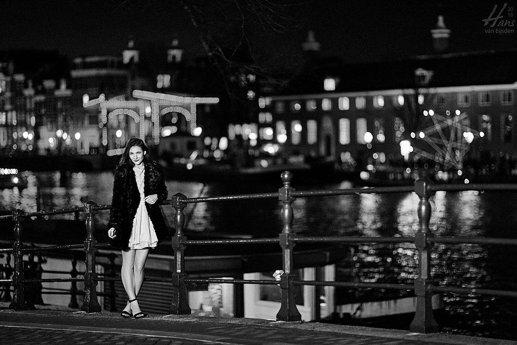 Sera on the Streets of Amsterdam (HvE-20151218-0410-2)